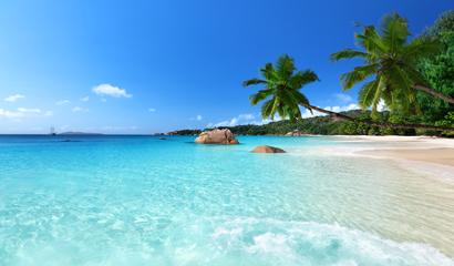 沙滩蓝天白云高清图片